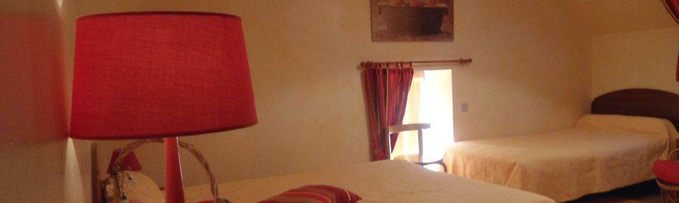 Les Pieds dans l'Herbe – Chambres d'hotes et gîtes – Rosporden – Finistère Bretagne – chambre lits doubles